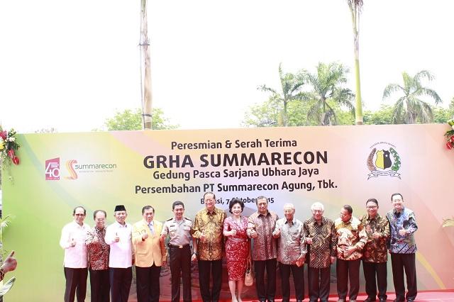 poto bersama sebelum persemian Gedung Graha Summarecon Ubhara Jaya Bekasi (1)