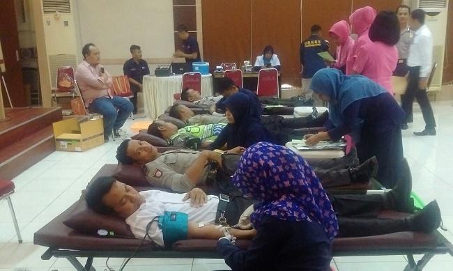 donor-darah-polresta-bekasi-1